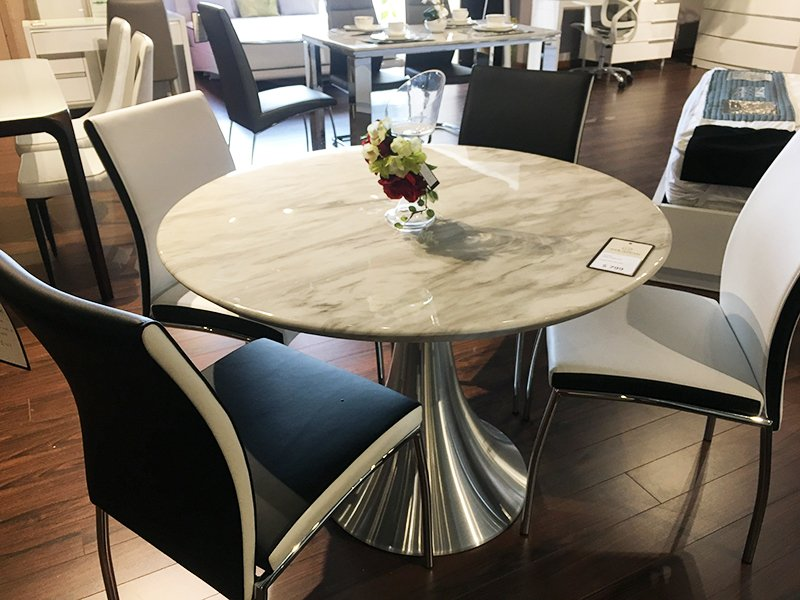 Condo Size Round Mable Dining Table Jazz White Kmct1033 Home Quarters Furnishings